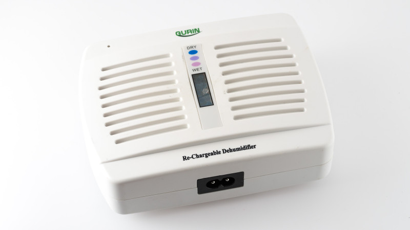 Rechargeable Dessicant